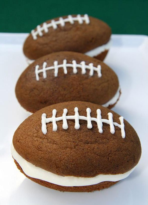 football-whoopie-pies
