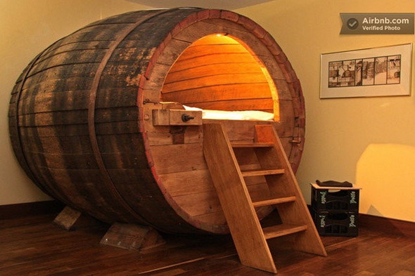 beer-barrel-bedroom-2