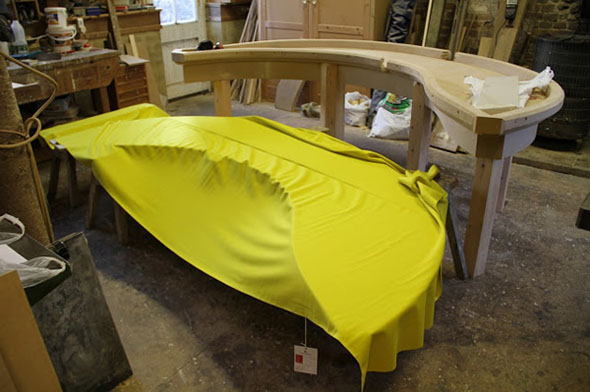 banana-pool-table-6