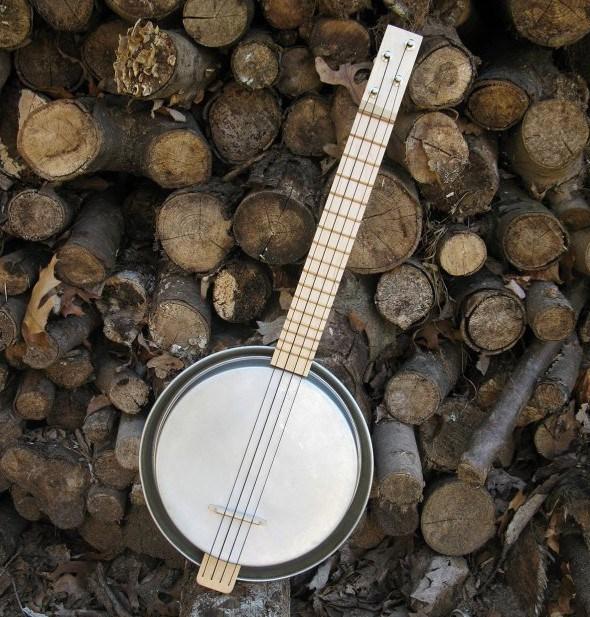 cake-pan-ukulele