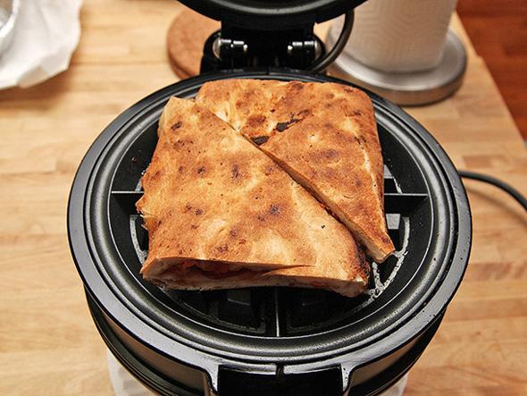 20140117-waffle-pizza-05-small