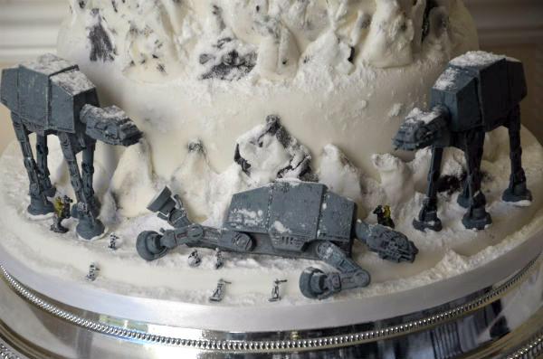 hoth-cake