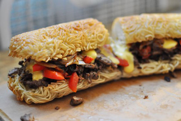 ramen-cheese-steak