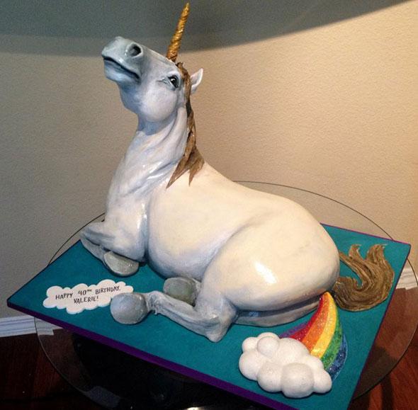 unicorn-ranbow-fart-cake