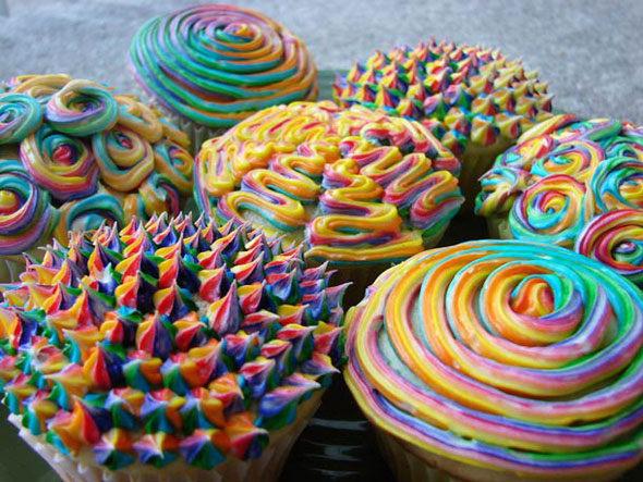 Psychedelic-Cupcakes-1