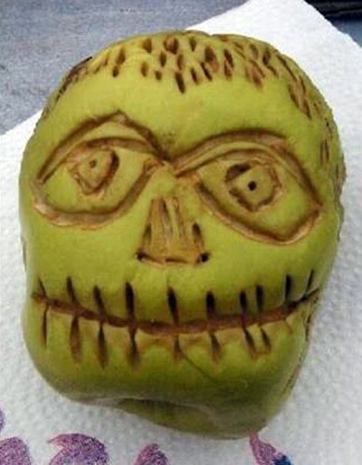 Apple-Shrunken-Head-Version-2
