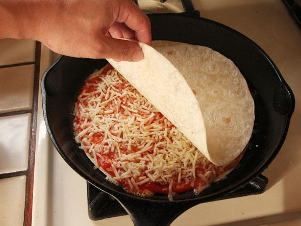 20141019-quesadilla-pizza-pizzadilla-02