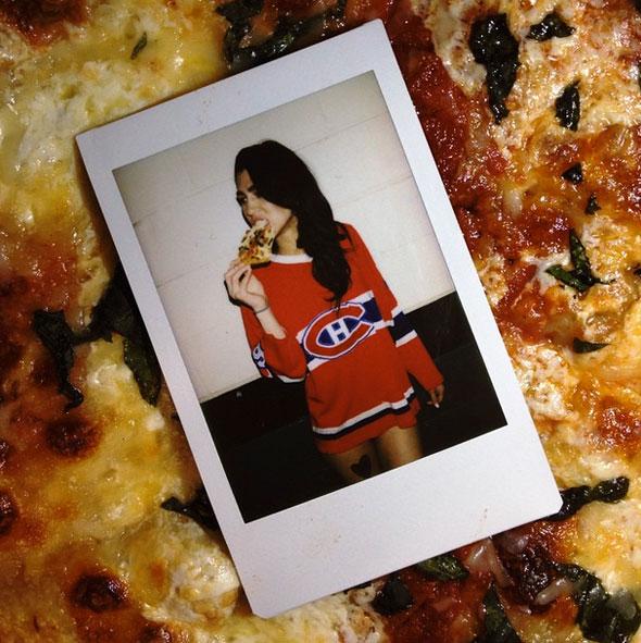 girls-pizza-6