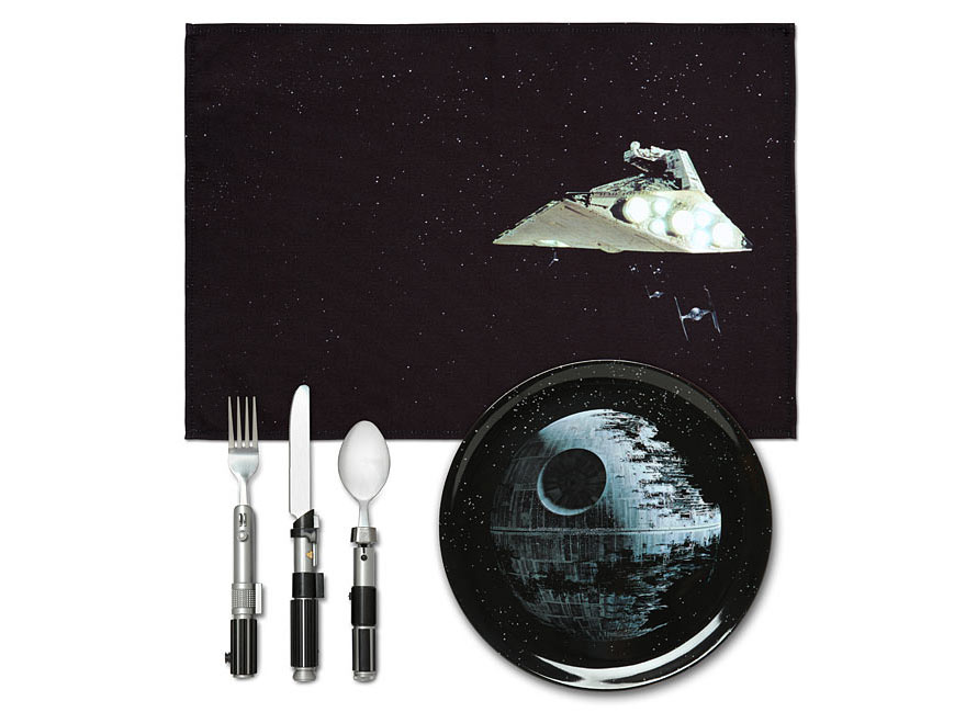 ionl_sw_dinner_set_spacebattle