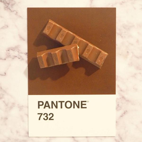 pantone-7