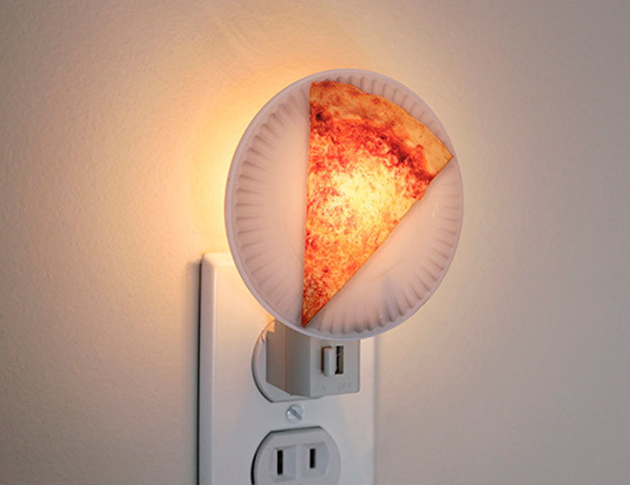 pizza-night-light-3