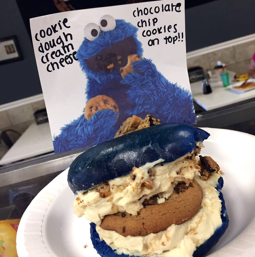 cookie-monster-bagel