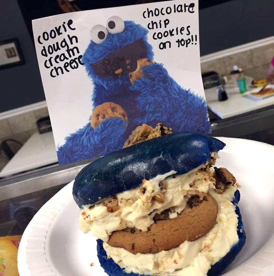 cookie-monster-bagel