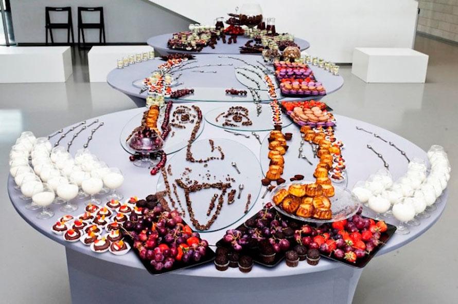 Inventive-Anamorphic-Food-Art1