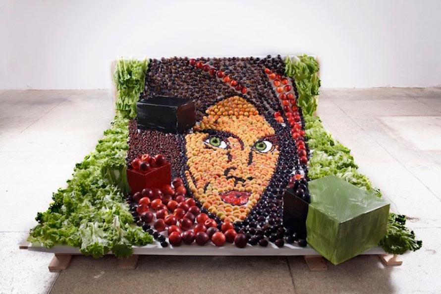 Inventive-Anamorphic-Food-Art12