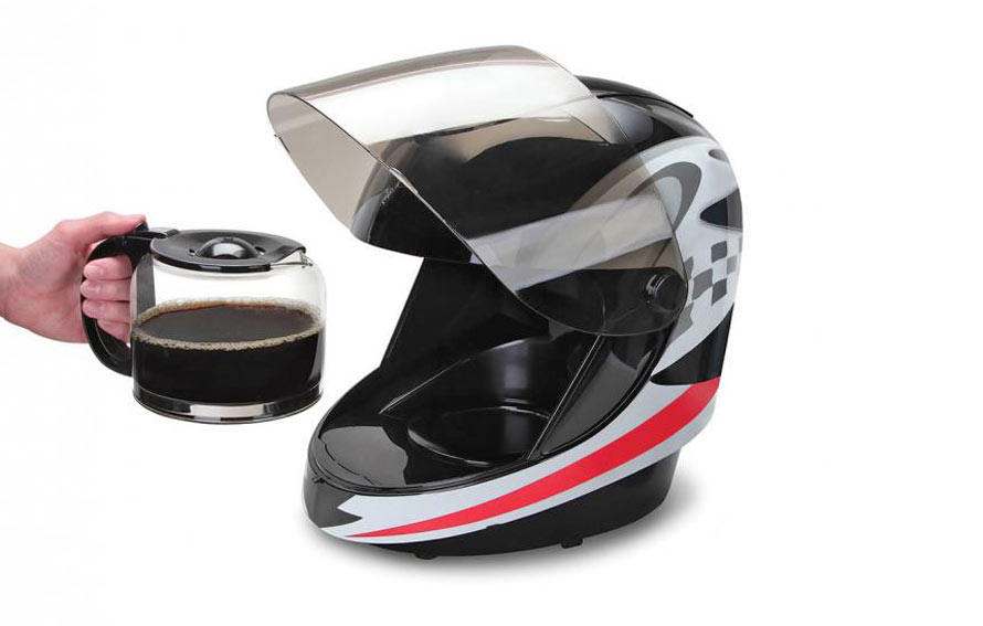 motorcycle-helmet-coffee-maker