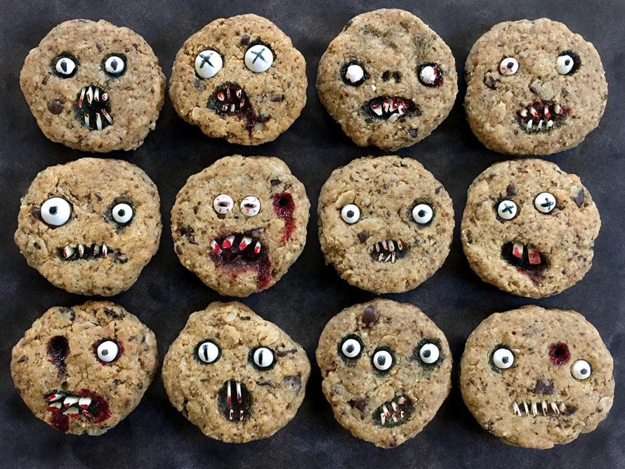 creepy-chocolate-chip-cookies